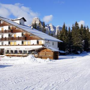hotel Planac - Corvara - zijaanzicht