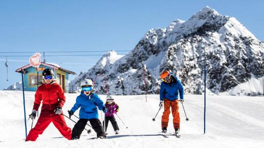 Stubaier-Gletscher-Ski