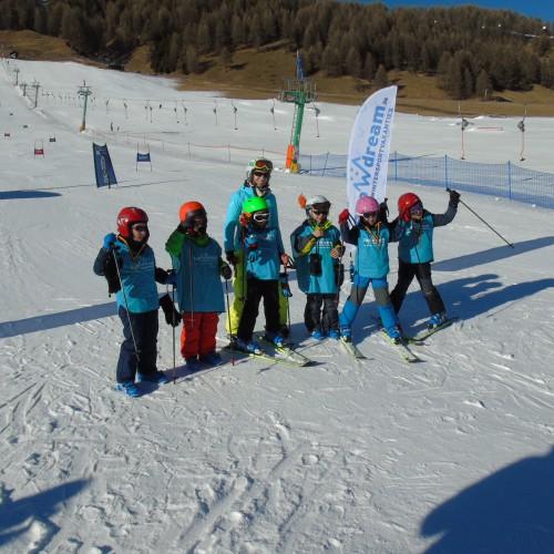skivakantie slalomwedstrijd kinderen